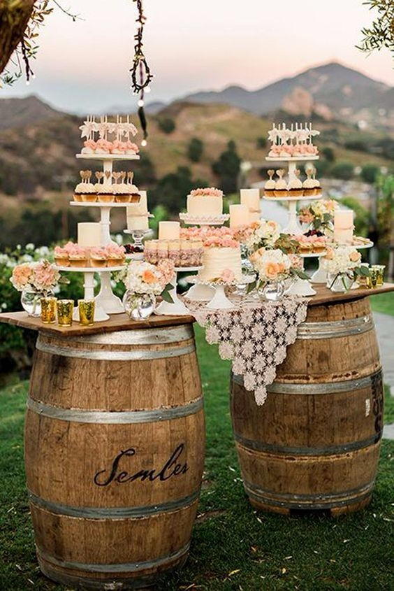barrel decoration fo cake table